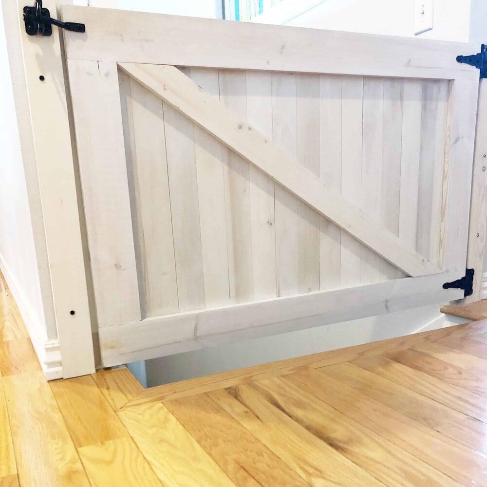 DIY farmhouse baby gate. Missouri girl. Missouri Girl blog.
