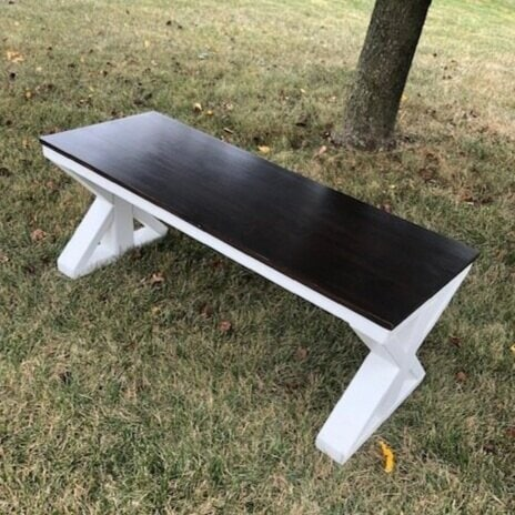 DIY farmhouse bench. Missouri girl. Missouri Girl blog.