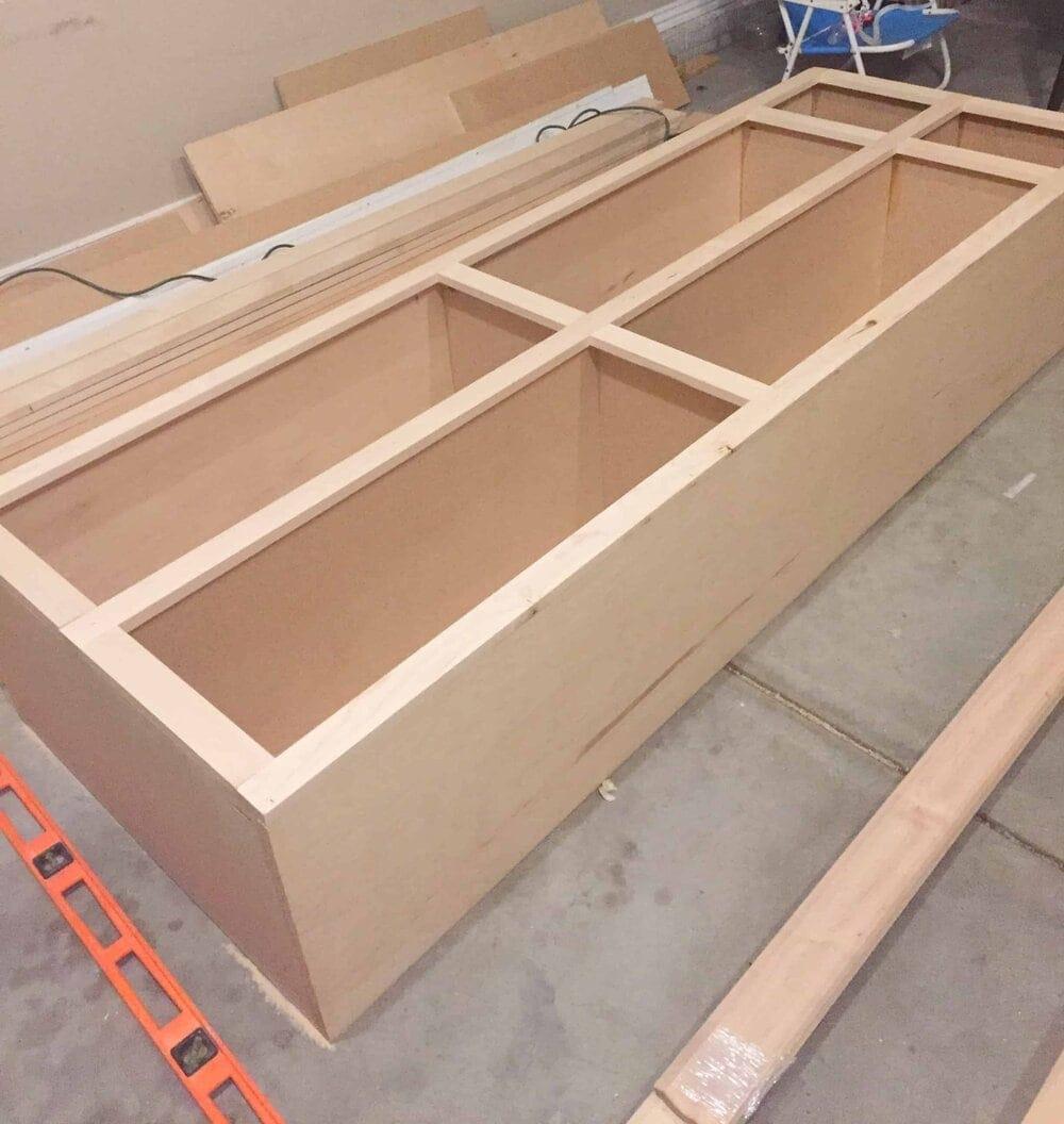 Missouri Girl kitchen renovation. DIY kitchen cabinet. Missouri Girl Blog.
