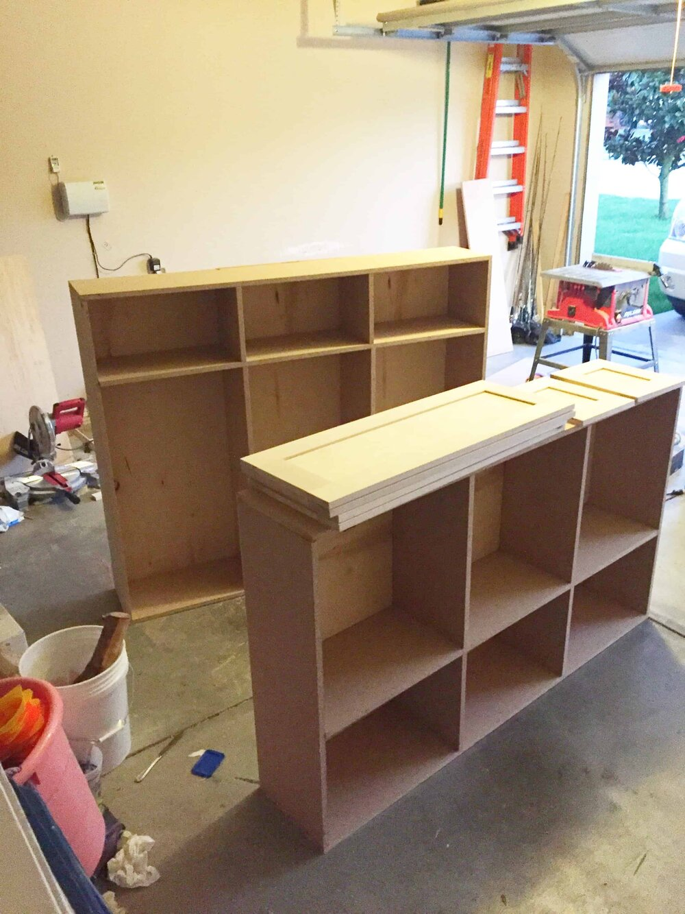 Missouri Girl Blog. DIY Kitchen cabinets.