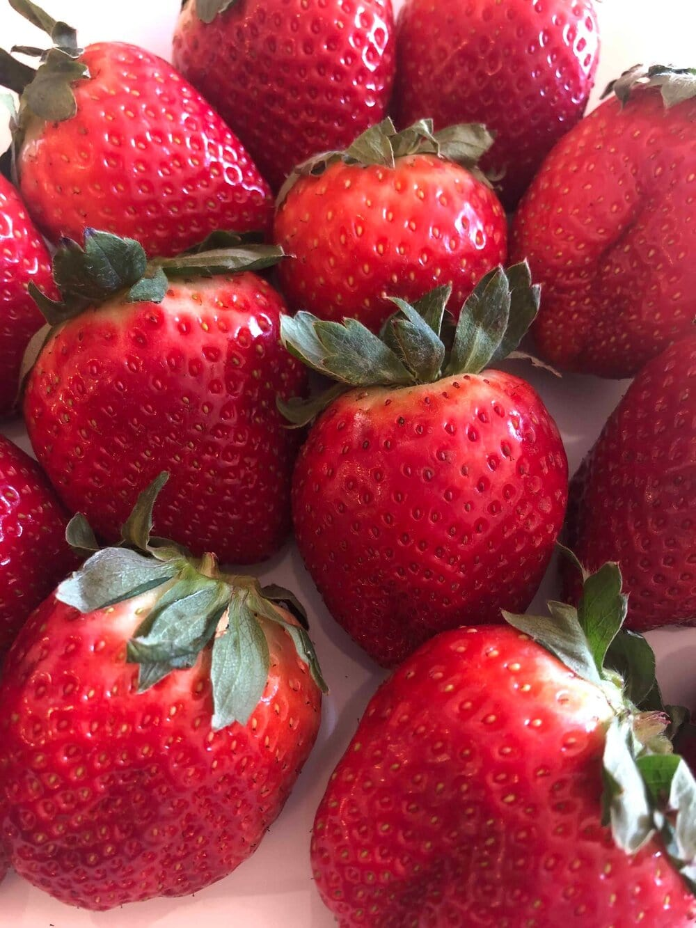 Fresh and juicy strawberries are used to make a smooth, creamy, yet healthy cream cheese spread. Missouri Girl. Missouri Girl Blog