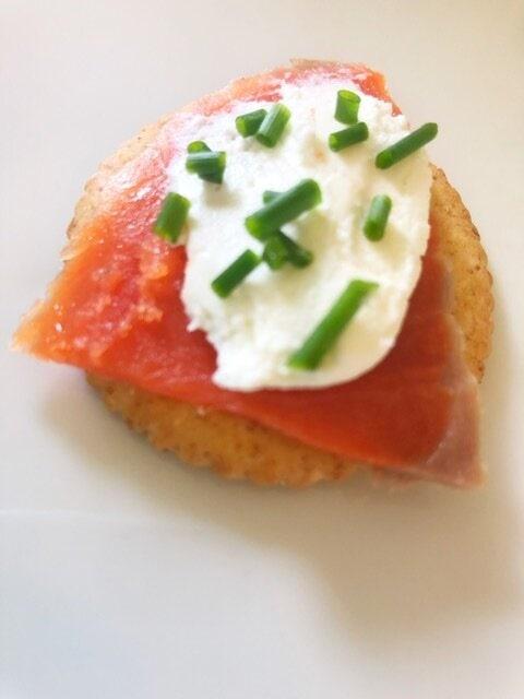 homemade greek yogurt cream cheese with smoked salmon and chives